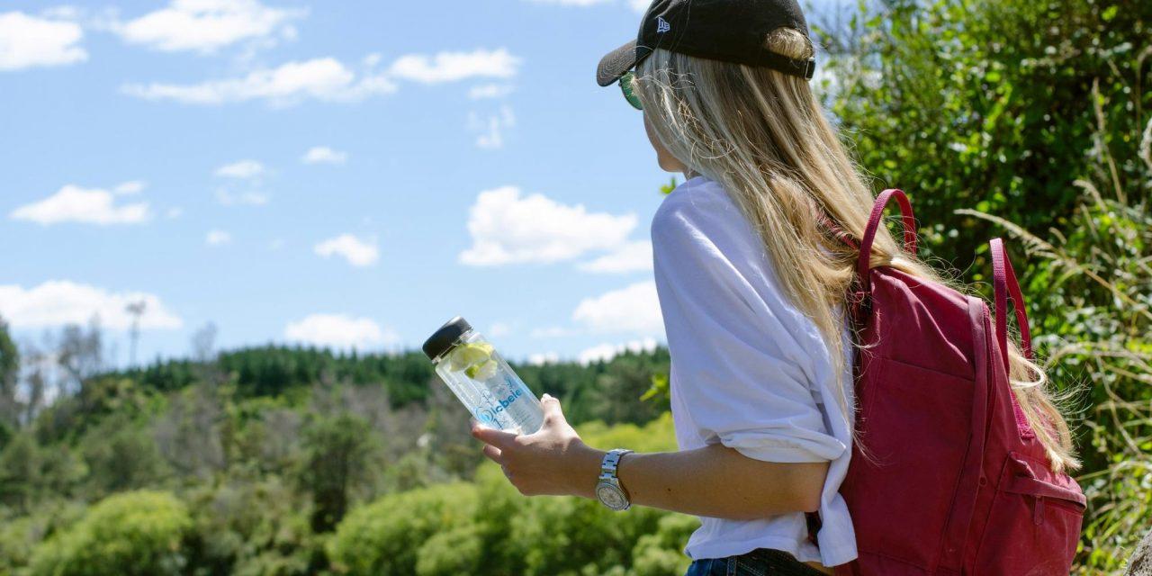 6 tipov, ako redukovať používanie plastov počas cestovania