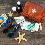 Príprava lekárničky pred dovolenkou: Čo v nej nesmie chýbať a kedy radšej navštíviť lekára?
